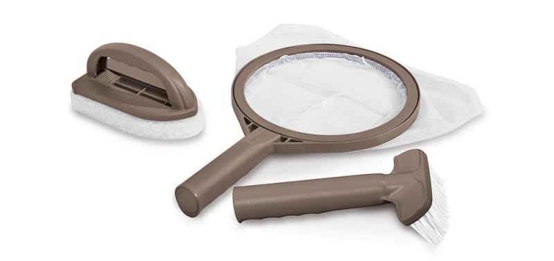 Kit d'entretien Intex pour spa gonflable guide des meilleurs accessoires manuel pour le netoyage de jacuzzi